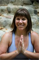 Lisa Theis: Karma Yoga Center, Yoga Teacher Training