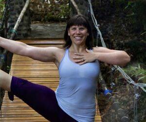 Lisa Theis~ Karma YOga Center~ Yoga Teacher training Program 200Hr